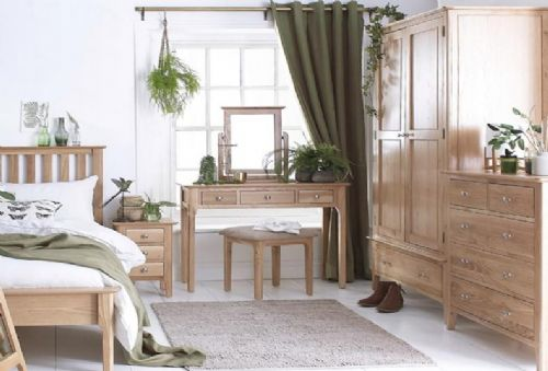 Belmont Oak Bedroom Furniture